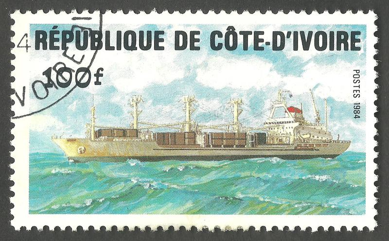 Θαλάσσια θέματα, φορτηγό πλοίο στοκ εικόνα