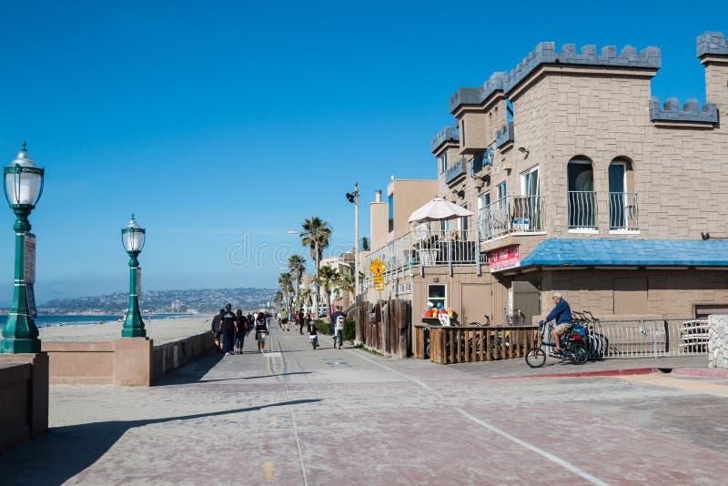 Θαλάσσιος περίπατος παραλιών αποστολής στο Σαν Ντιέγκο, Καλιφόρνια στοκ εικόνα