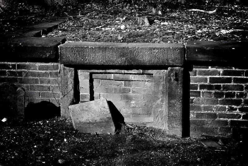 θαμμένο crypt στοκ εικόνες