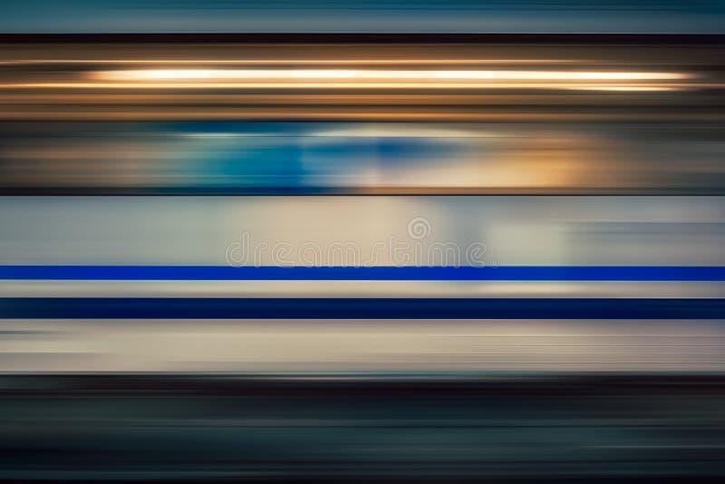 Θαμπάδα κινήσεων του τραίνου υψηλής ταχύτητας στοκ εικόνα