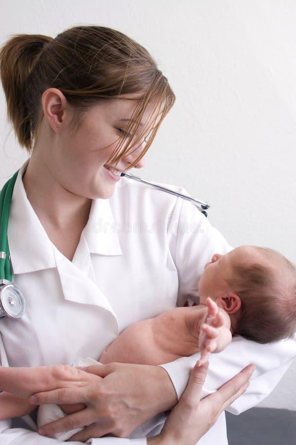 θαυμάζοντας μωρό στοκ εικόνες