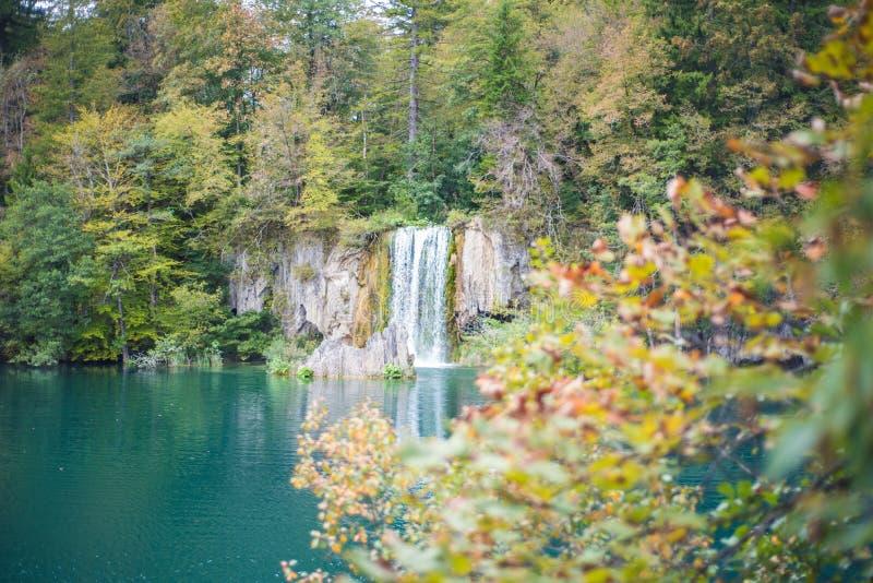 Θαυμάσιοι καταρράκτης και λίμνη σε Plitvice στοκ εικόνες