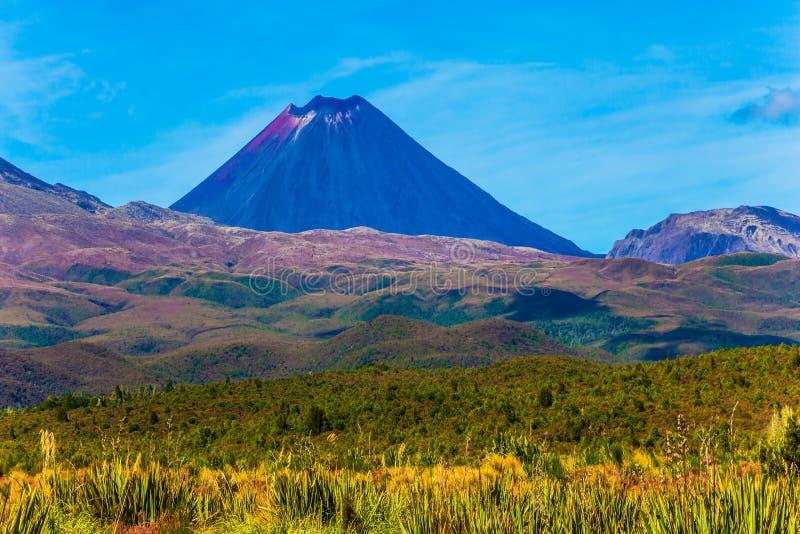 Θαυμάσιος ηφαιστειακός ορεινός όγκος στοκ εικόνες