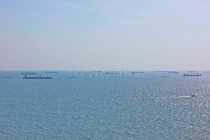 Θαλάσσια κυκλοφορία στην αραβική θάλασσα στοκ εικόνα