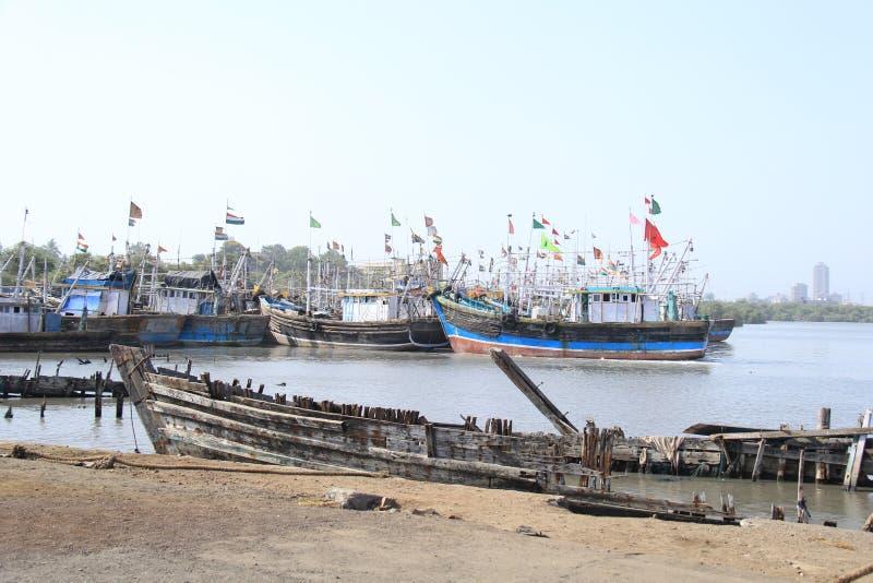 Θαλάσσιο ναυπηγείο επισκευής στοκ φωτογραφία με δικαίωμα ελεύθερης χρήσης