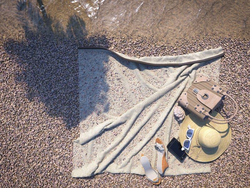 Θαλασσινό κοχύλι, σκιά φοινικών και εξαρτήματα παραλιών στοκ φωτογραφία