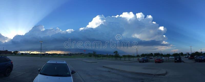 Θεαματικά σύννεφα στοκ φωτογραφίες με δικαίωμα ελεύθερης χρήσης
