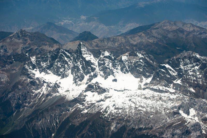 Θεαματικό τοπίο βουνών στο στρατόπεδο βάσεων ορών Έβερεστ στοκ εικόνα