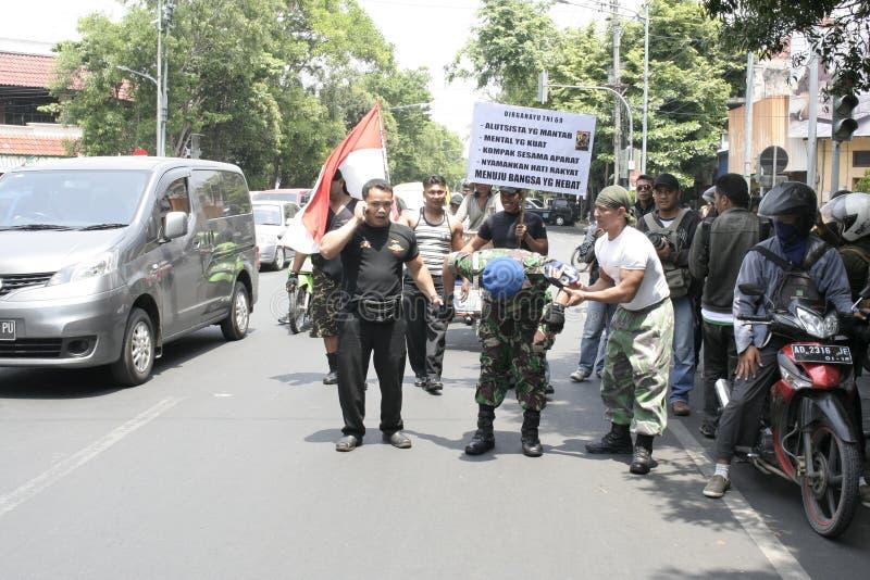 Θεατρικός στρατός Ινδονησία δράσης μελών στοκ φωτογραφία