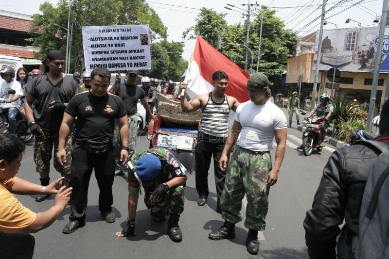 Θεατρικός στρατός Ινδονησία δράσης μελών στοκ εικόνες με δικαίωμα ελεύθερης χρήσης