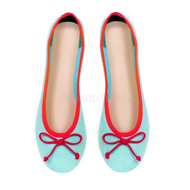 Θερινά επίπεδα παπούτσια μεντών που απομονώνονται στο άσπρο υπόβαθρο στοκ εικόνες
