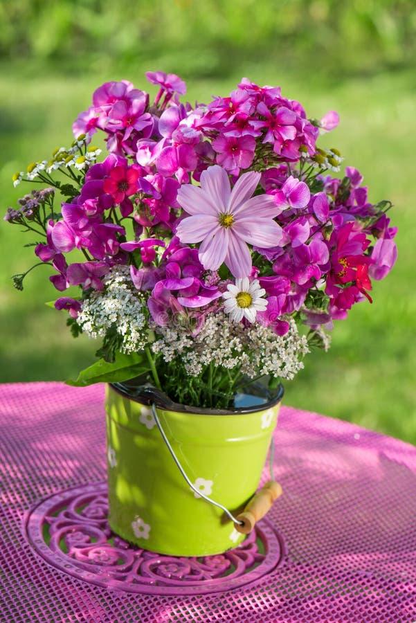 Θερινά λουλούδια στοκ εικόνες