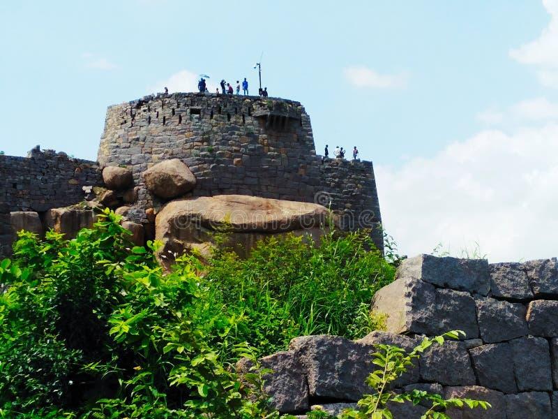 Θερινές αρχιτεκτονικές του Golconda fort Hyderabad hilltop στοκ εικόνες