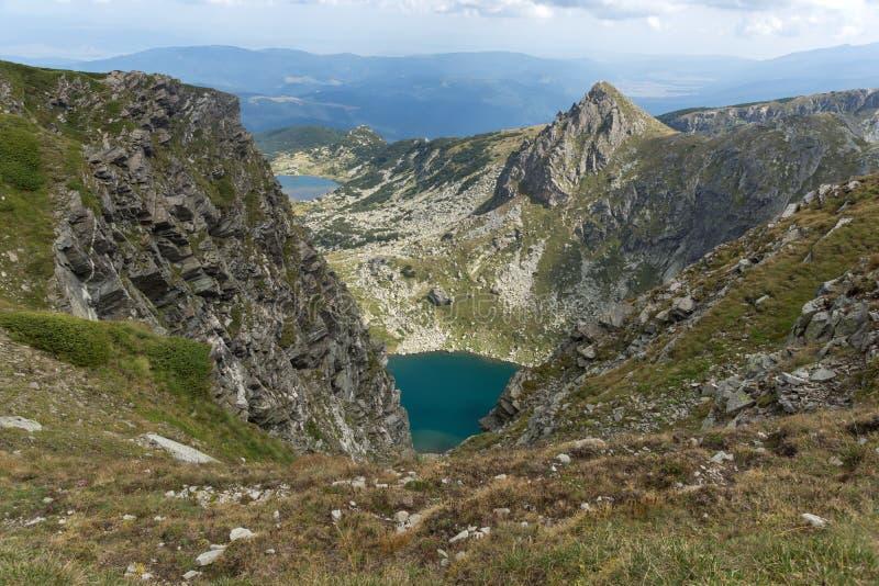 Θερινή άποψη της δίδυμης λίμνης, βουνό Rila, οι επτά λίμνες Rila, Βουλγαρία στοκ φωτογραφία με δικαίωμα ελεύθερης χρήσης