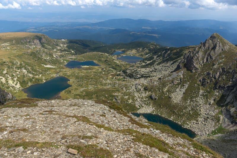Θερινή άποψη του διδύμου, Trefoil τα ψάρια και οι χαμηλότερες λίμνες, βουνό Rila, οι επτά λίμνες Rila, Βουλγαρία στοκ φωτογραφίες με δικαίωμα ελεύθερης χρήσης