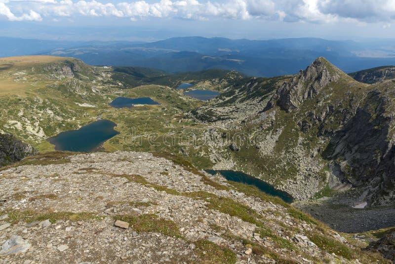 Θερινή άποψη του διδύμου, Trefoil τα ψάρια και οι χαμηλότερες λίμνες, βουνό Rila, οι επτά λίμνες Rila, Βουλγαρία στοκ φωτογραφία
