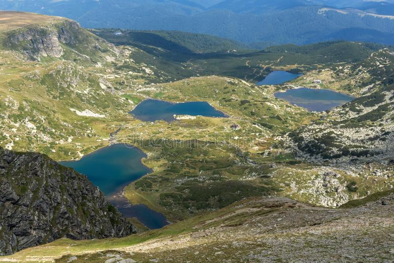Θερινή άποψη του διδύμου, Trefoil, των ψαριών και των χαμηλότερων λιμνών, βουνό Rila, οι επτά λίμνες Rila, Βουλγαρία στοκ εικόνες με δικαίωμα ελεύθερης χρήσης