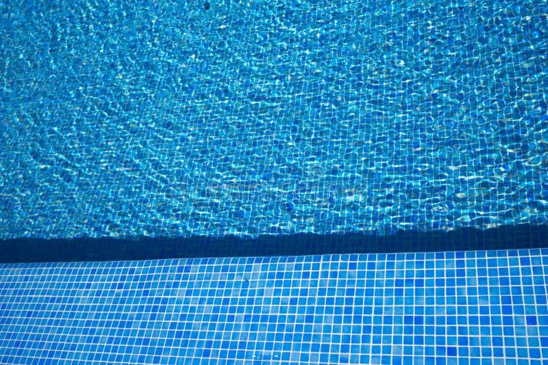 Θερινή υπαίθρια πισίνα στοκ εικόνες