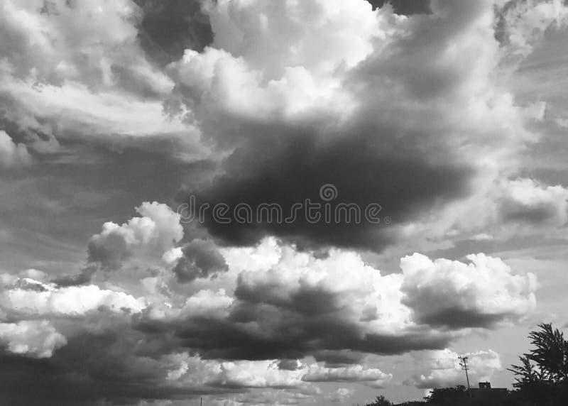 Θερινός ουρανός του Σικάγου στοκ φωτογραφία