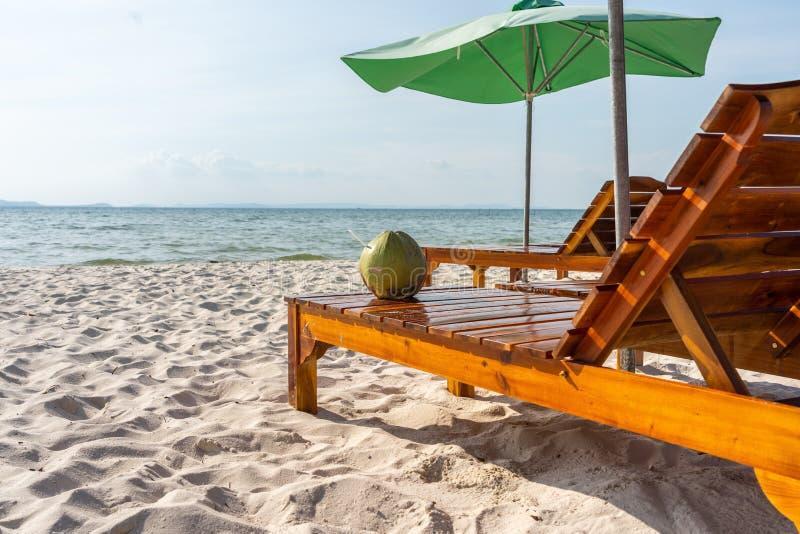 Θερινός χρόνος στην παραλία παραδείσου στο νησί Phu Quoc στοκ εικόνες
