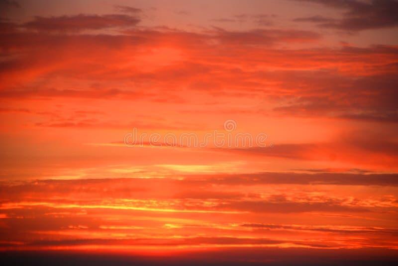 θερινό ηλιοβασίλεμα σύνν&ep στοκ εικόνες με δικαίωμα ελεύθερης χρήσης