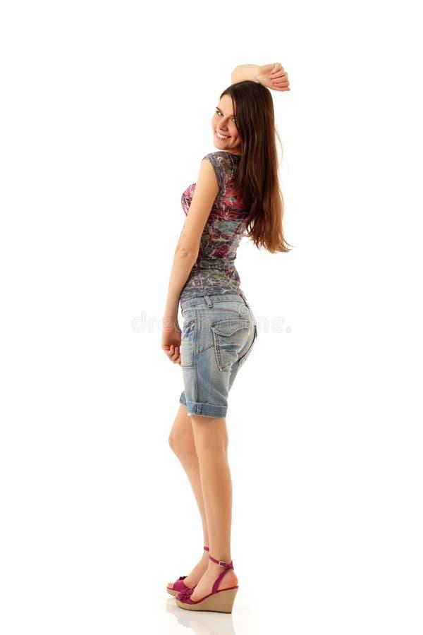 Θερινό teengirl εύθυμο πλήρες μήκος στοκ φωτογραφία με δικαίωμα ελεύθερης χρήσης