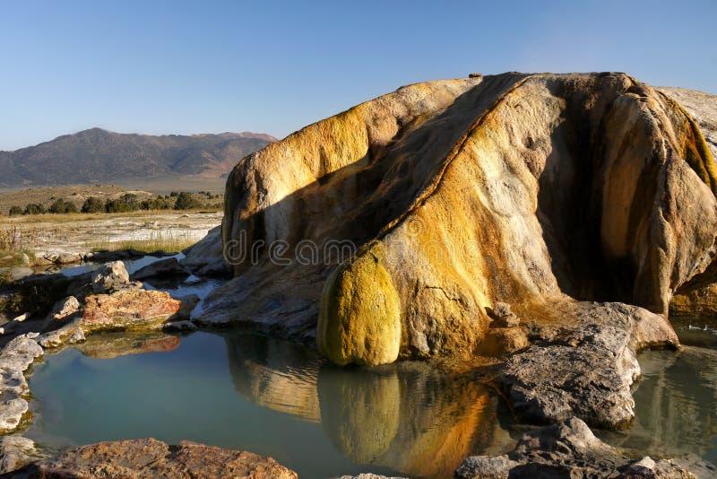 Θερμές πηγές και λίμνες, χαλάρωση στοκ εικόνες με δικαίωμα ελεύθερης χρήσης
