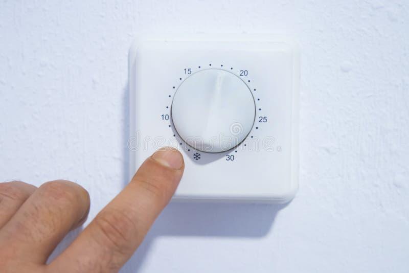 Θερμαντική θερμοστάτης θερμοκρασίας στοκ εικόνες
