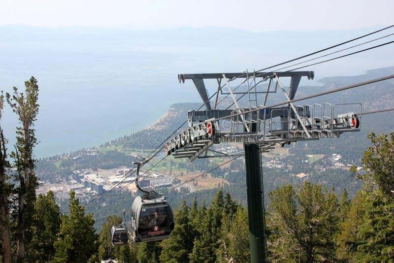 Θεϊκή γόνδολα βουνών, νότια λίμνη Tahoe, ΗΠΑ στοκ φωτογραφίες