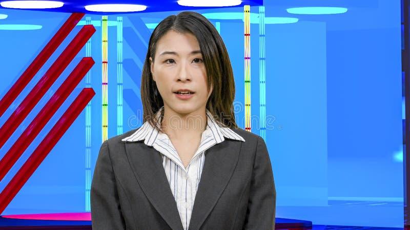 Θηλυκές ασιατικές ειδήσεις anchorwoman στο εικονικό στούντιο TV, αρχικά στοιχεία σχεδίου στοκ φωτογραφίες με δικαίωμα ελεύθερης χρήσης