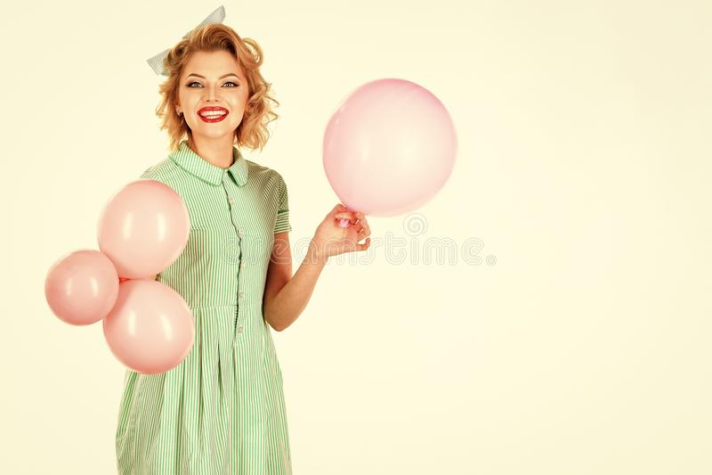 Θηλυκό πρόσωπο Ζητήματα που έχουν επιπτώσεις στα κορίτσια Καρφίτσα επάνω με τα μπαλόνια στοκ φωτογραφίες με δικαίωμα ελεύθερης χρήσης
