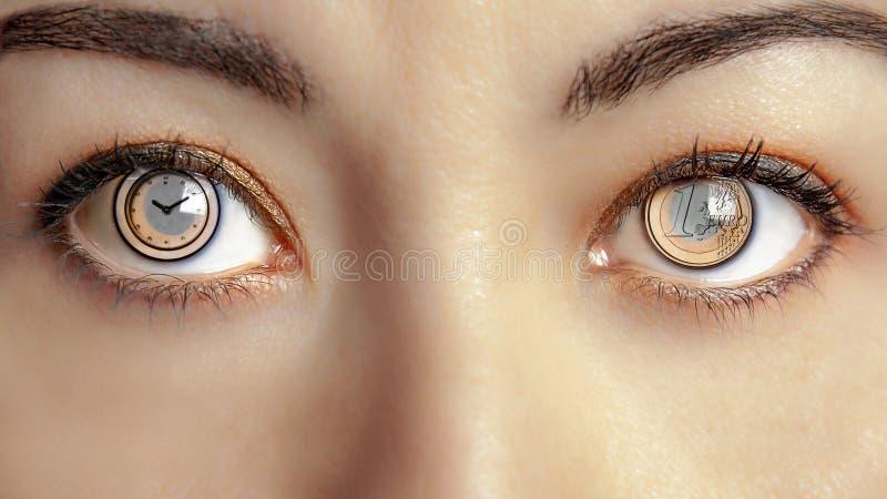 Θηλυκή καφετιά ισορροπία ματιών ματιών χρονικών χρημάτων στοκ φωτογραφία με δικαίωμα ελεύθερης χρήσης