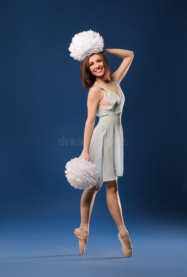 Θηλυκή μαζορέτα χορευτών μπαλέτου στοκ φωτογραφίες με δικαίωμα ελεύθερης χρήσης