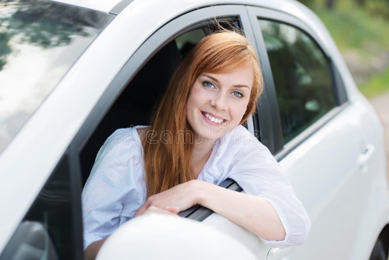 Θηλυκός οδηγός στοκ εικόνες