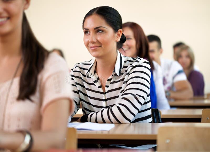 Θηλυκός φοιτητής πανεπιστημίου στοκ εικόνες