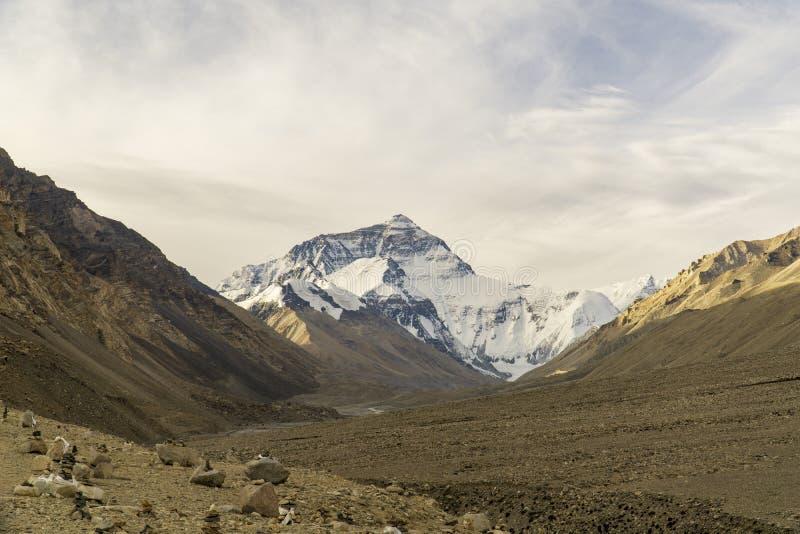 Θιβέτ τώρα Κίνα, απόψεις κοντά στο στρατόπεδο βάσεων του όρους Έβερεστ στοκ φωτογραφία με δικαίωμα ελεύθερης χρήσης
