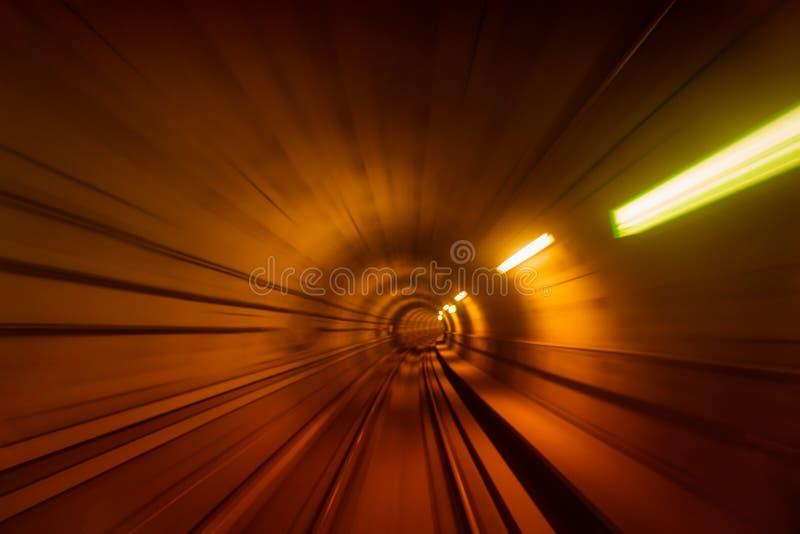 Θολωμένη κίνηση της σήραγγας μετρό στην Κοπεγχάγη στοκ εικόνες