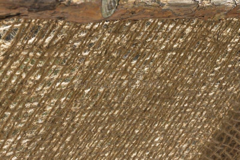 Θολωμένη περίληψη άποψη μιας αρθρωμένης γέφυρας με τη ράγα σχοινιών καρύδων στοκ φωτογραφία με δικαίωμα ελεύθερης χρήσης