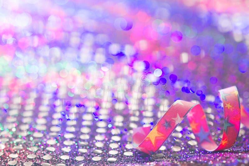Θολωμένο περίληψη υπόβαθρο γενεθλίων καρναβαλιού έτους κόμματος νέο στη νύχτα στοκ εικόνες