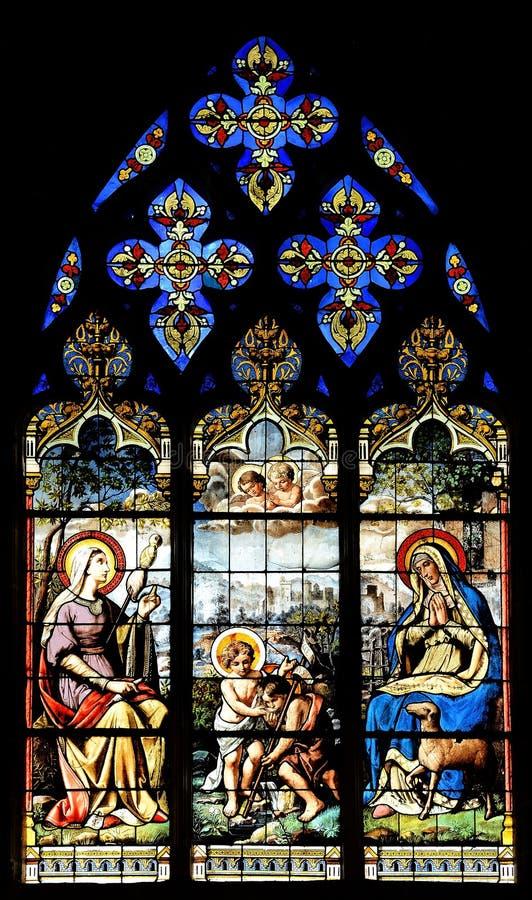Θρησκευτικά λεκιασμένα παράθυρα κατηγορίας στοκ εικόνες