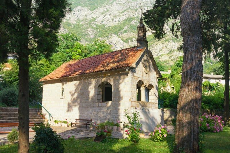 Θρησκευτική αρχιτεκτονική Μαυροβούνιο, πόλη Risan, εκκλησία του ST Michael ο αρχάγγελος στοκ εικόνες