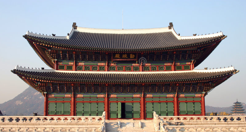 θρόνος δωματίων της Κορέας kyongbok στοκ εικόνες