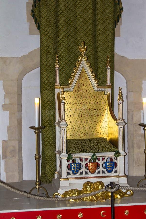 Θρόνος στον πύργο Wakefield στον πύργο του Λονδίνου στοκ εικόνες