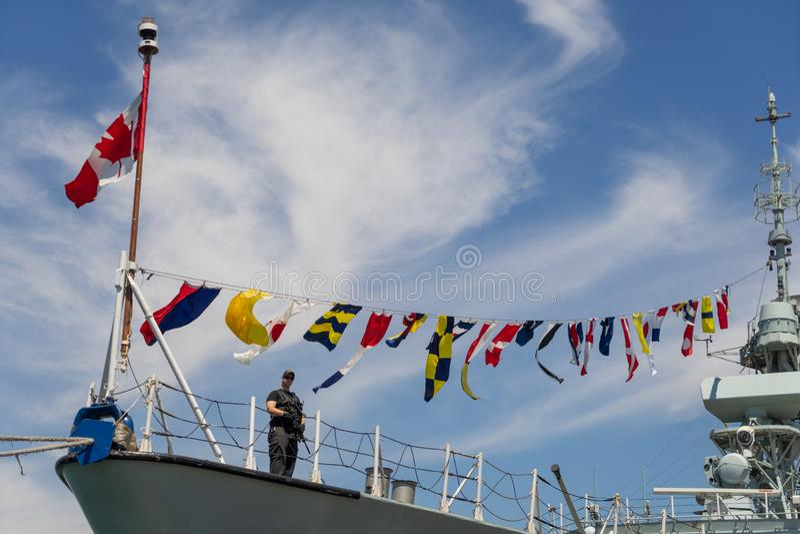 Θωρηκτά του ΝΑΤΟ στην Ουκρανία Ναυτικές δυνάμεις του ΝΑΤΟ στο λιμένα της Οδησσός Οδησσός r 201 07 07 Καναδικό θωρηκτό στοκ φωτογραφίες