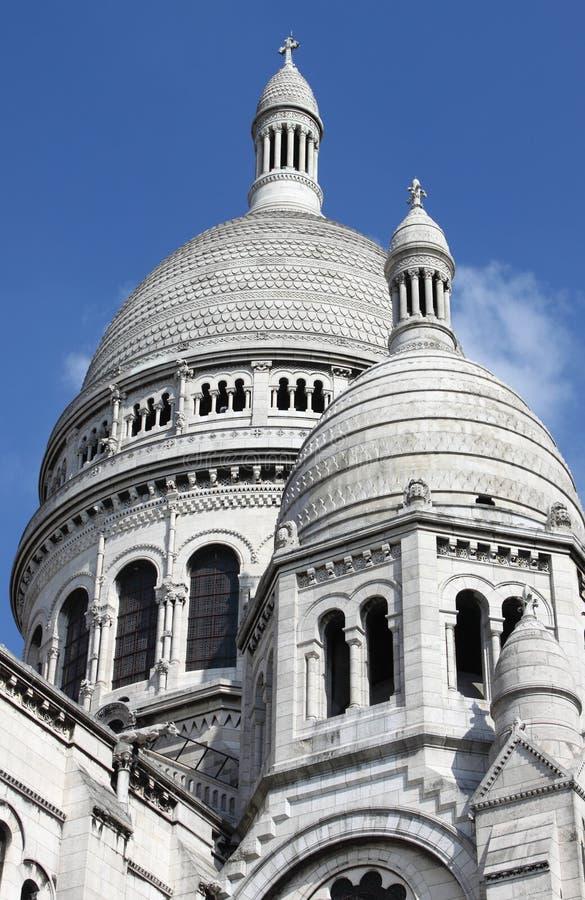Θόλοι της βασιλικής του Sacre Coeur στο Παρίσι στοκ εικόνες