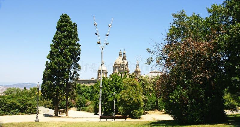 Θόλοι του εθνικού παλατιού της Καταλωνίας στοκ φωτογραφία με δικαίωμα ελεύθερης χρήσης
