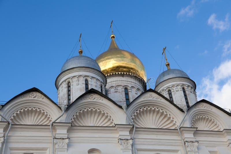 Θόλοι του καθεδρικού ναού αρχαγγέλων στοκ εικόνες με δικαίωμα ελεύθερης χρήσης