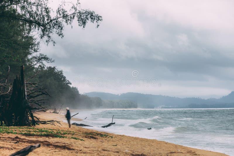 Θύελλα στη θάλασσα με το μεγάλο αέρα στην Ταϊλάνδη στοκ εικόνα με δικαίωμα ελεύθερης χρήσης