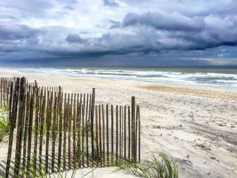 Θύελλα & κύματα στοκ εικόνα