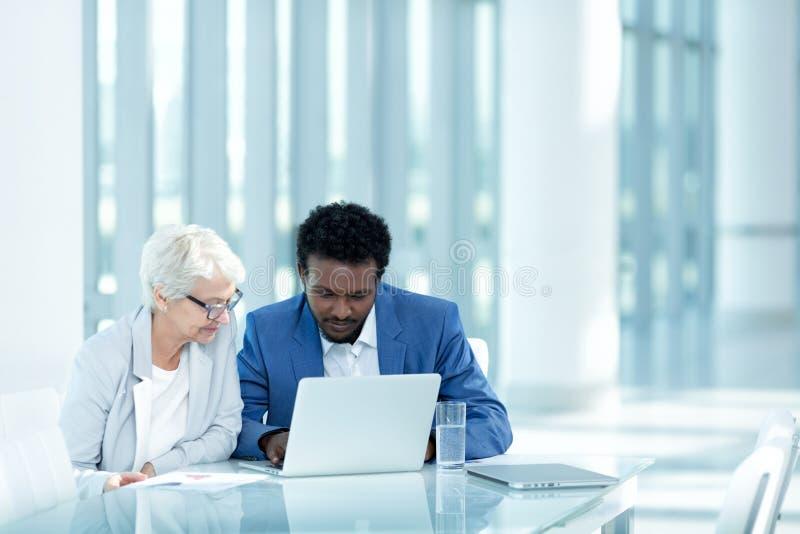 διάνυσμα ανθρώπων επιχειρησιακής απεικόνισης jpg στοκ φωτογραφία